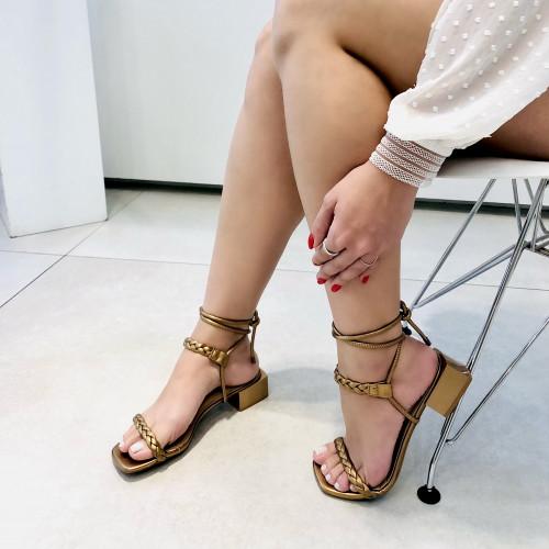 Sandália Tranças Formas Bronze