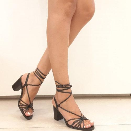 Sandalia Salto Grosso Couro Preto